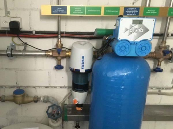 Bauberatung, Sanitaer, Enhaertungsanlage Verteilbatterie